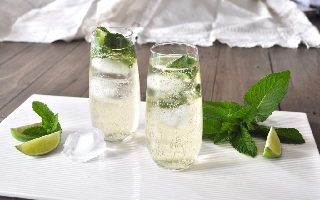 Refreshing Hugo Cocktail Recipe